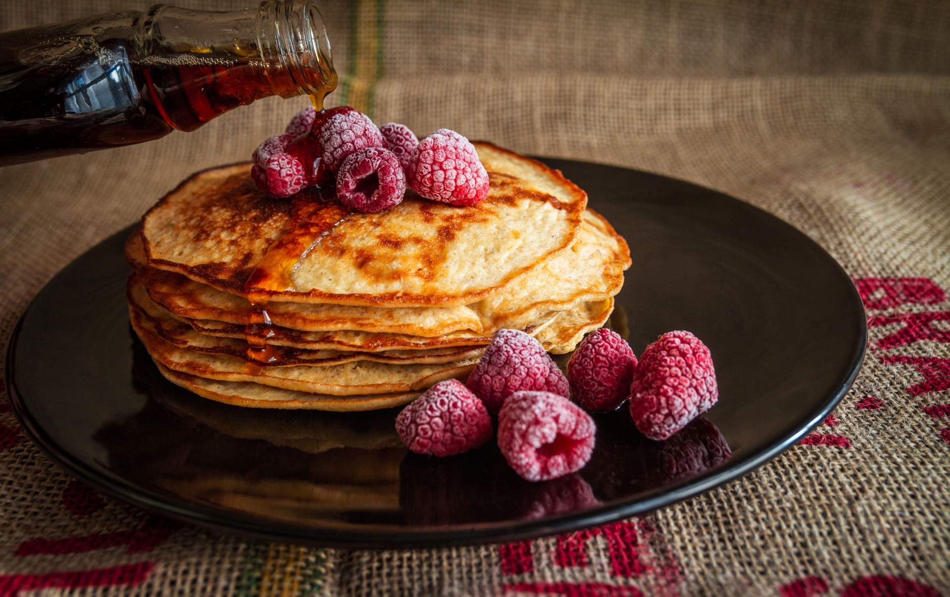 pancake day shrove fat tuesday mardi grass Red Leaf
